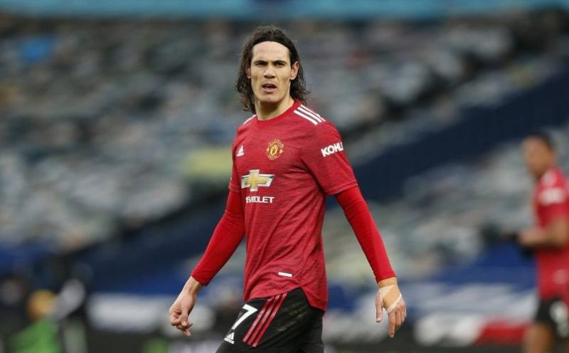 Keane: 'Man Utd harus putus dengan Cavani'