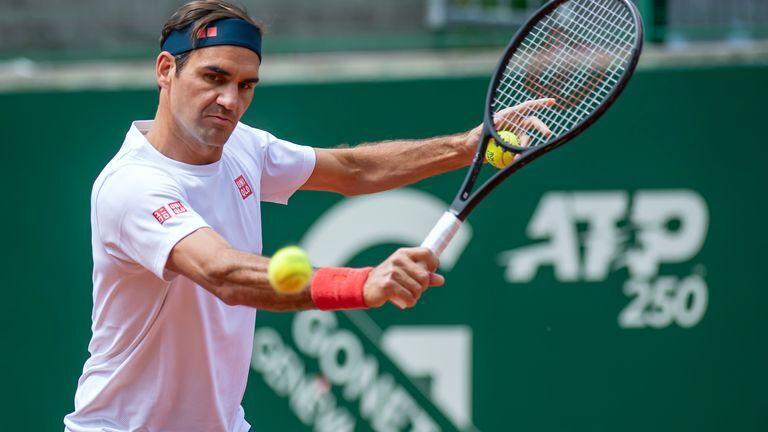 Federer berkompetisi setelah menerima vaksin Covid-19