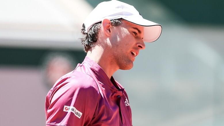 Mereka kalah di babak pertama Roland Garros