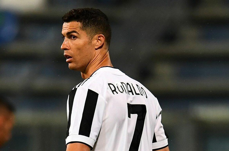Ronaldo menyebabkan demam dengan melompat untuk menopang dadanya
