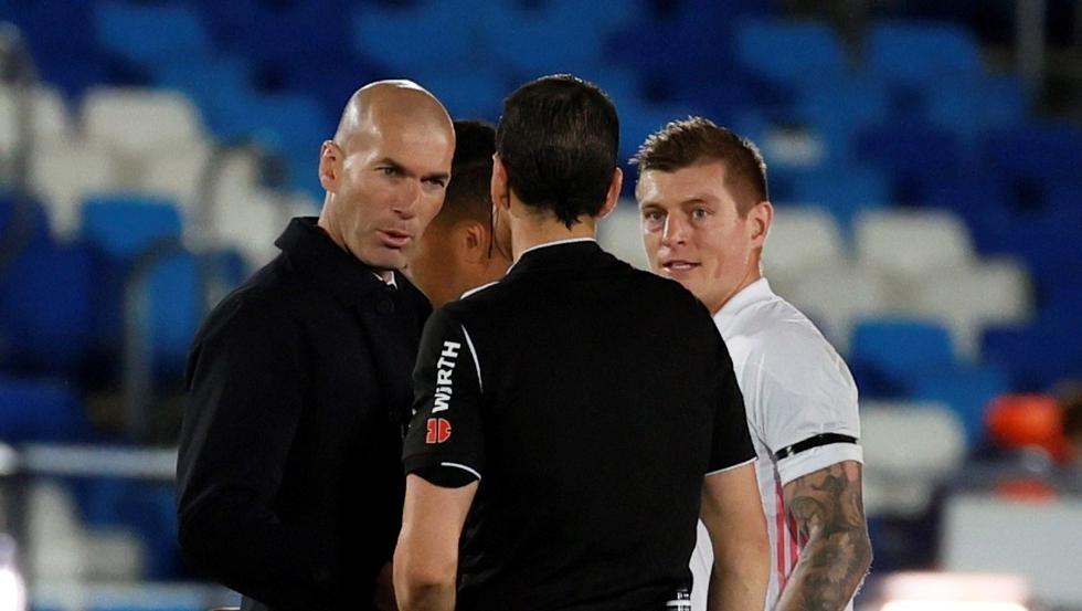 Kroos: 'Real bisa kehilangan kejuaraan karena wasit'
