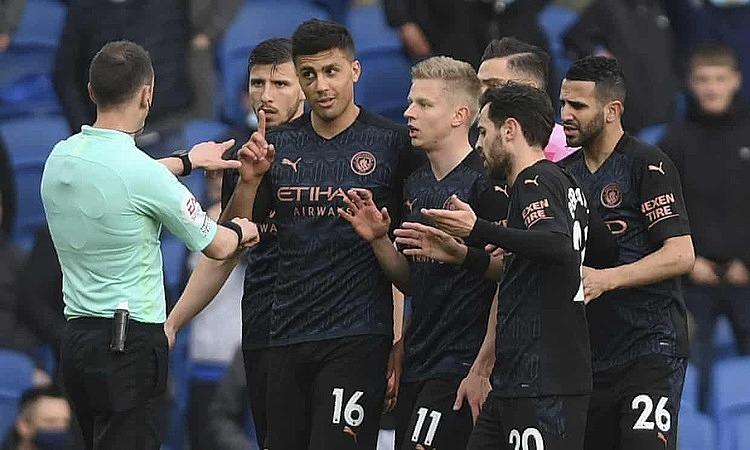 Man City kalah secara terbalik meski memimpin dua gol