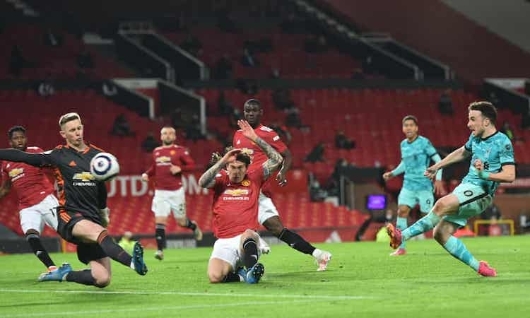 Liverpool menang kembali di Old Trafford