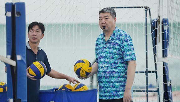 Pelatih Tiongkok terus memimpin tim voli Vietnam