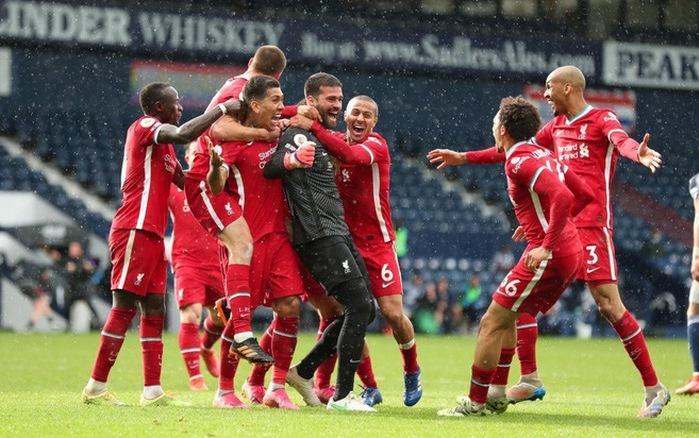 Kiper Liverpool: 'Tuhan memilih saya untuk mencetak gol'