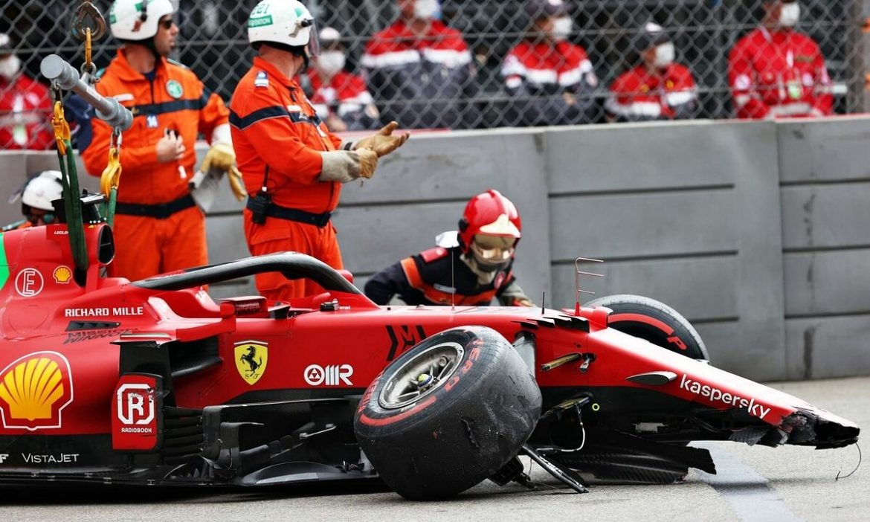 Leclerc memenangkan pole meski mengalami kecelakaan di Monaco