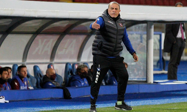 Pelatih yang baru saja dipromosikan ke Serie A itu mengkritik permainan Guardiola