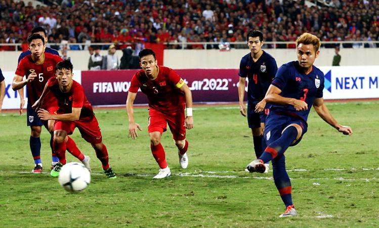 Suporter Thailand marah karena pilar meninggalkan tim