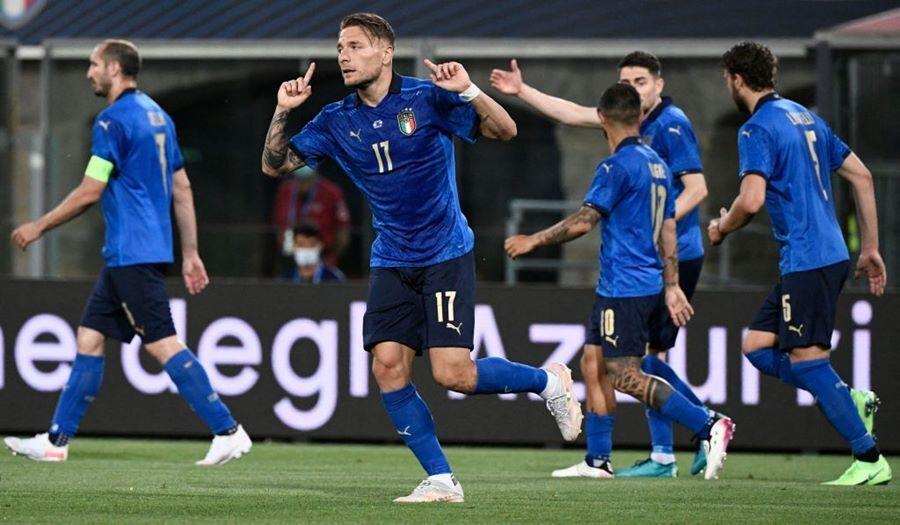 Italia tidak terkalahkan untuk pertandingan ke-23 berturut-turut