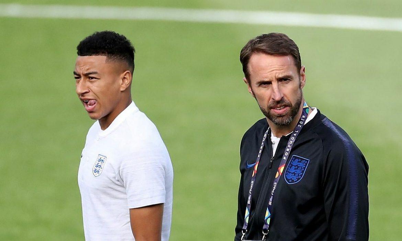 Southgate menderita karena harus memilih pemain Inggris tuyển