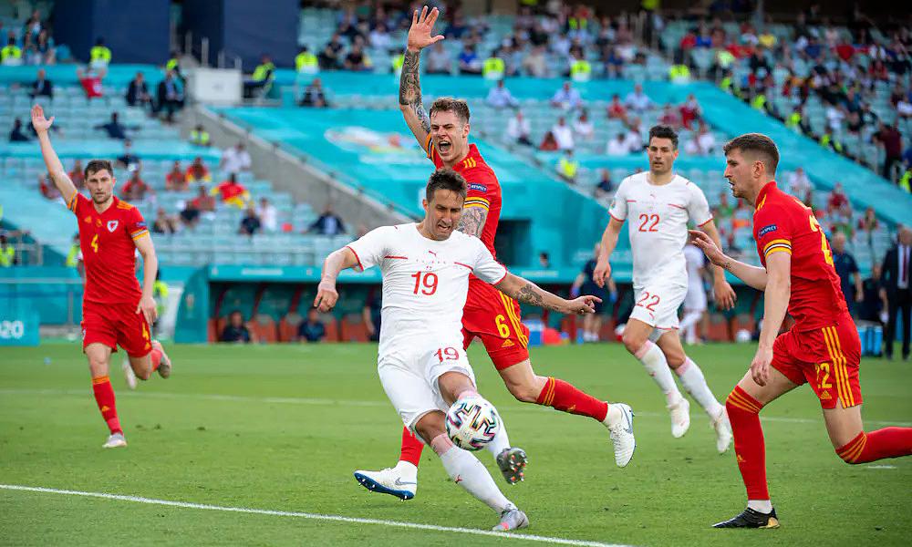 Swiss meraih kemenangan karena VAR