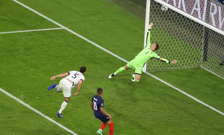 Prancis kalahkan Jerman berkat gol bunuh diri