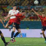 Polandia menempatkan Spanyol dalam bahaya