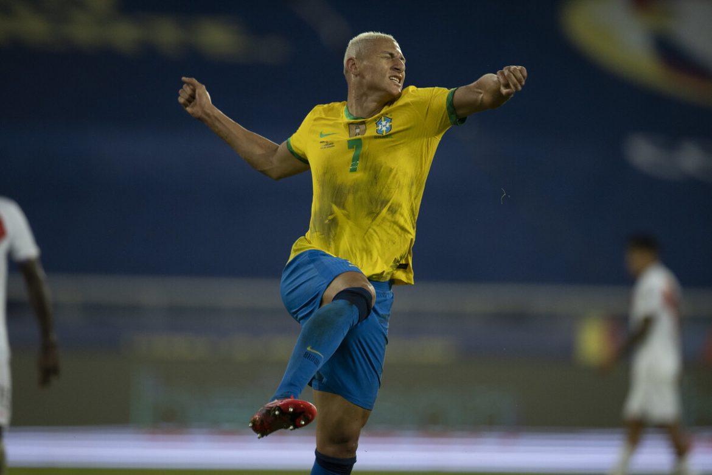 Brasil – Kolombia: Raja menunjukkan kekuatan