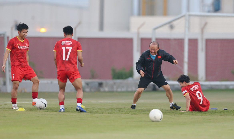 Pelatih Park Hang-seo 'mengalahkan' Van Toan di tempat latihan