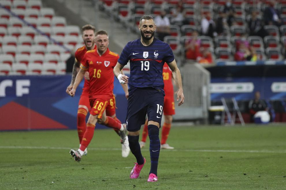 Benzema gagal mengeksekusi penalti saat mengekspor kembali tim Prancis