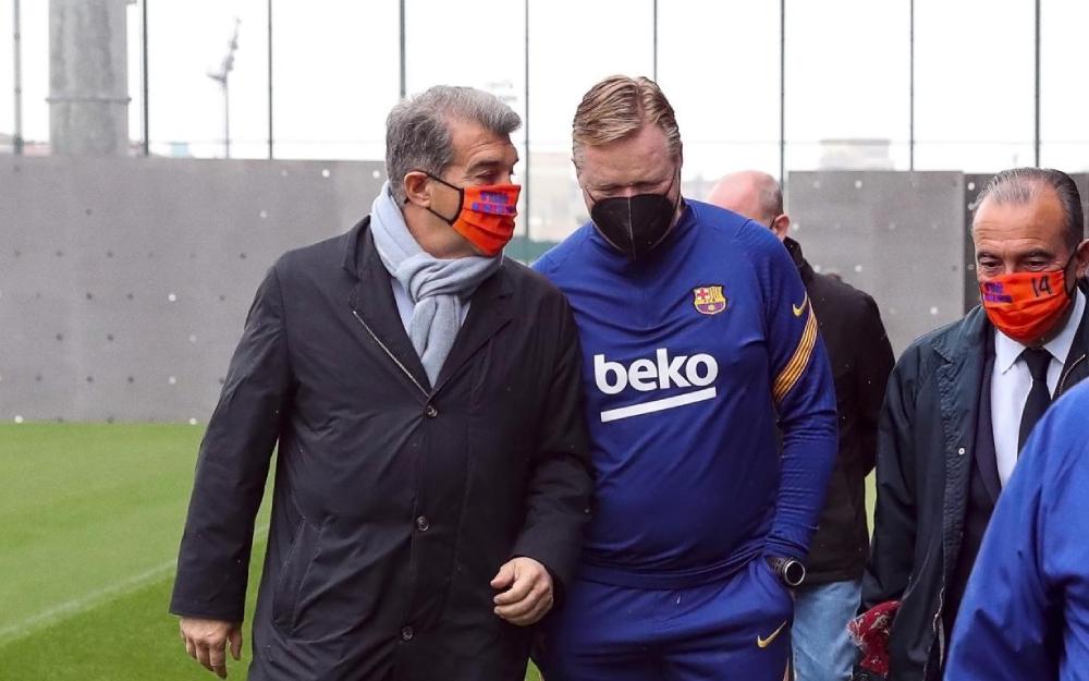 Koeman terus memimpin Barca