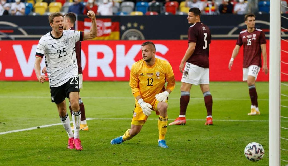 Jerman menang 7-1 sebelum Euro
