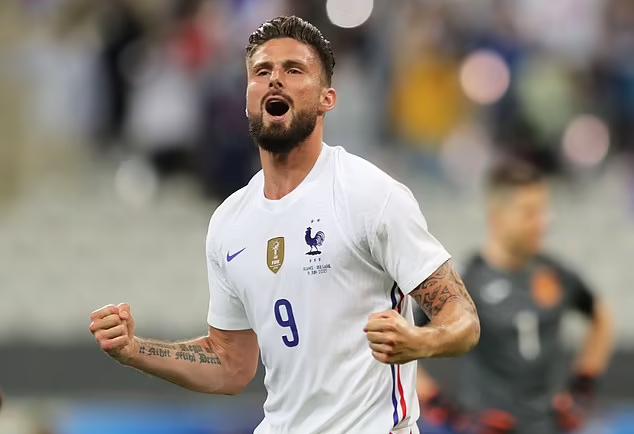 Giroud mencetak dua gol untuk membantu Prancis menghancurkan Bulgaria
