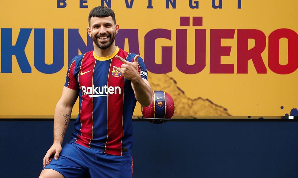 Aguero: 'Messi akan bertahan di Barca'