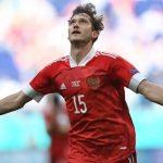 Mahakarya yang memilukan membantu Rusia memenangkan tiga poin
