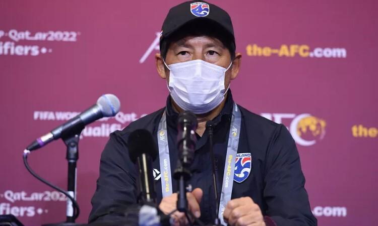 Pelatih Thailand tidak menyesali Chanathip dan Theerathon