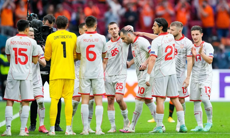 Makedonia Utara bertepuk tangan dan melihat Pandev
