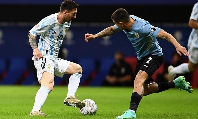 Messi Bantu Argentina Kalahkan Uruguay
