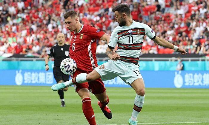 Mourinho: 'Fernandes ada di lapangan tetapi tidak bermain'