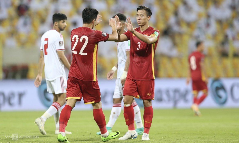 Tim Vietnam menetapkan dua tonggak pada saat yang sama