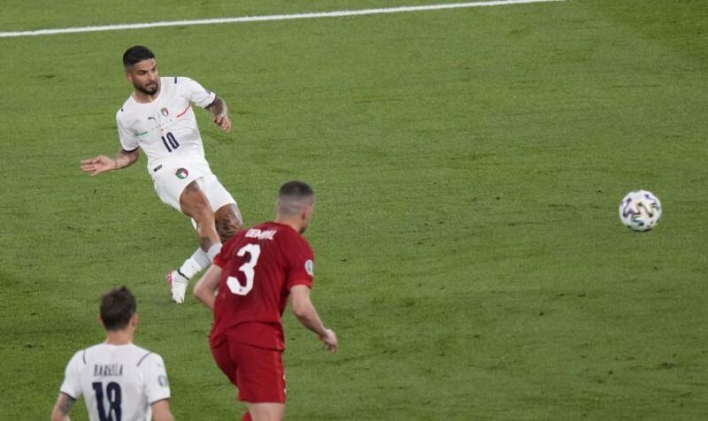 Fans memperkirakan pertandingan pembukaan Euro dengan hampir 100% benar
