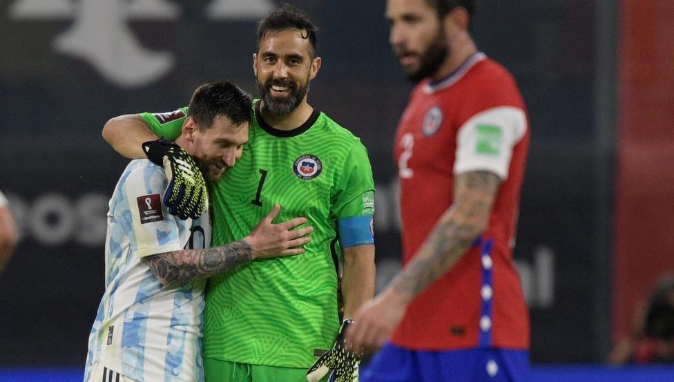 Messi menyesal tidak memiliki Maradona untuk diikuti
