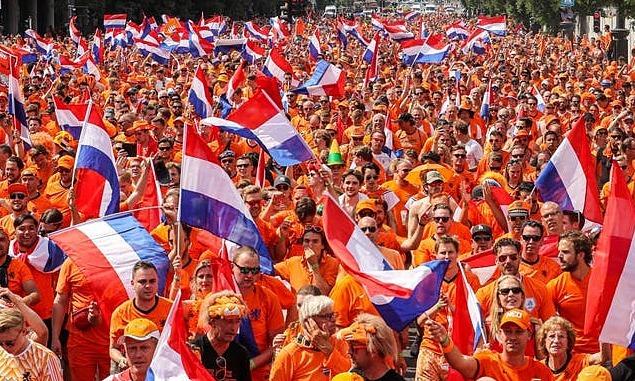 Babak 16 Besar Euro: Belanda – Republik Ceko