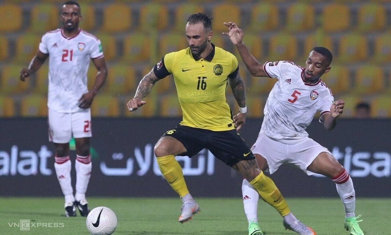 Fans Malaysia: 'Striker naturalisasi berlari lebih sedikit dari wasit'