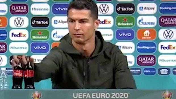 Ronaldo membuat Coca-Cola kehilangan nilai $4 miliar