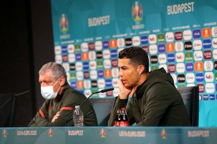 UEFA meminta para pemain untuk berhenti memboikot minuman