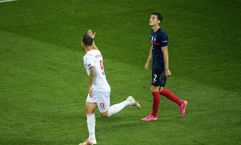 Vieira: 'Prancis tidak bermain sebagai tim'