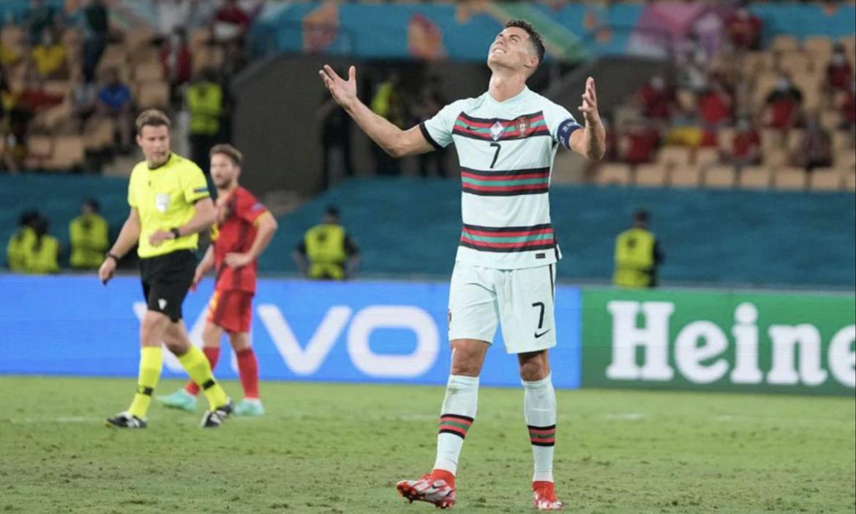Ronaldo melakukan tendangan bebas empat kali lebih banyak dari lawannya di Euro