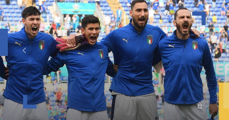 Mengapa pemain Italia menyanyikan lagu kebangsaan dengan penuh semangat?