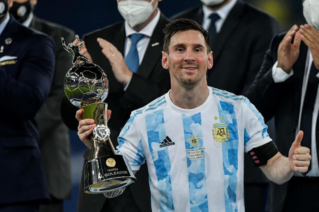 Lawan Messi dalam perebutan Bola Emas