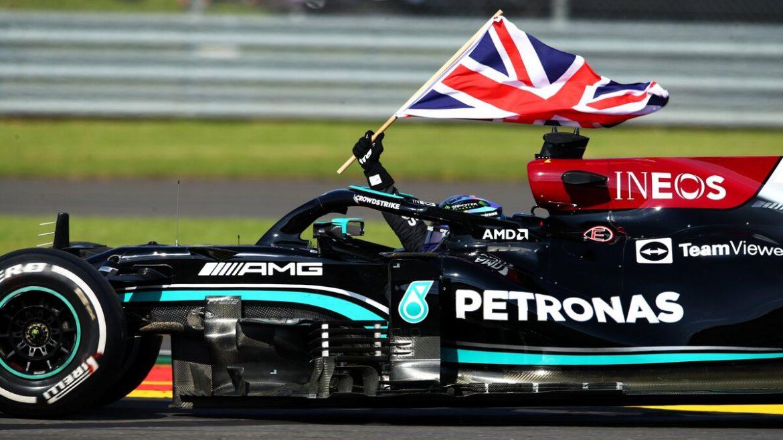 Hamilton mendapat denda 10 detik tetapi masih memenangkan Grand Prix Inggris