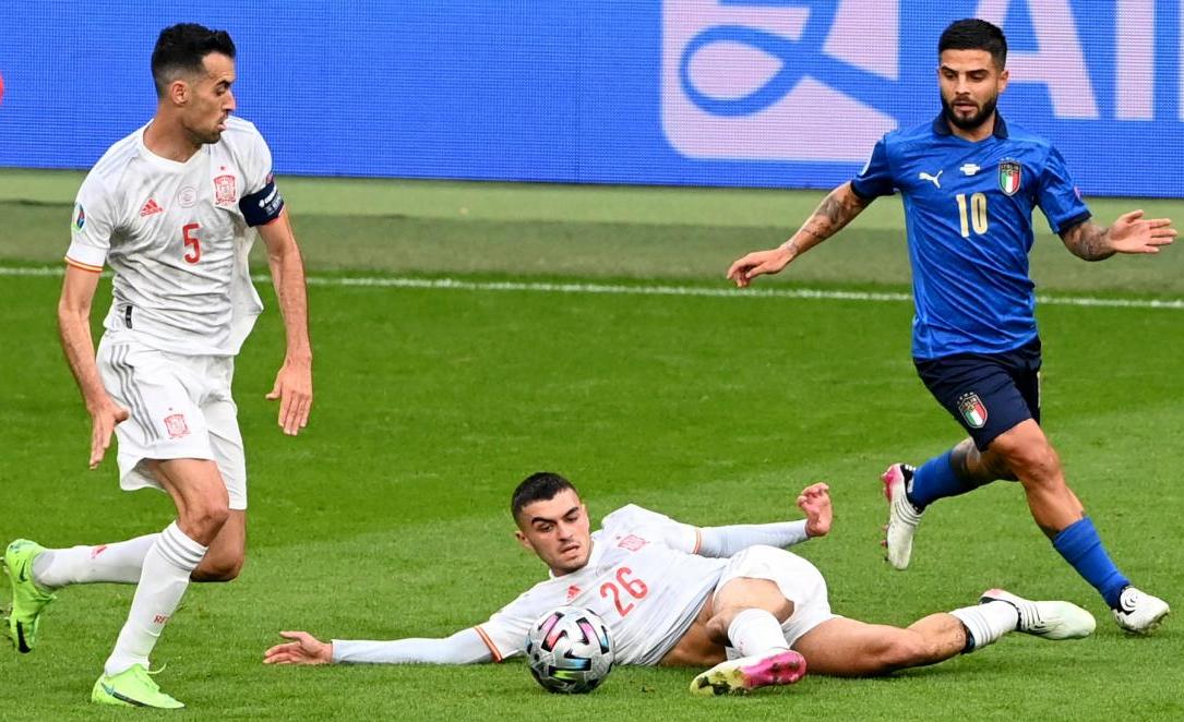 Barca menerima 3 juta USD dari pemain yang bermain di Euro