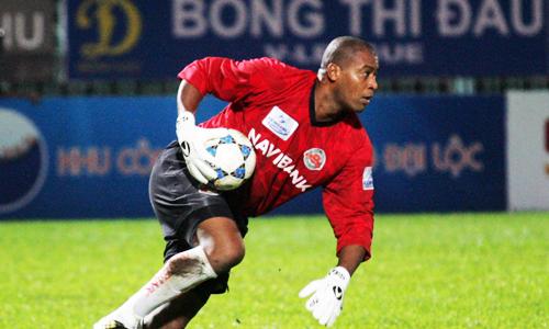 Phan Van Santos – yang memiliki cinta untuk sepak bola pemuda Vietnam