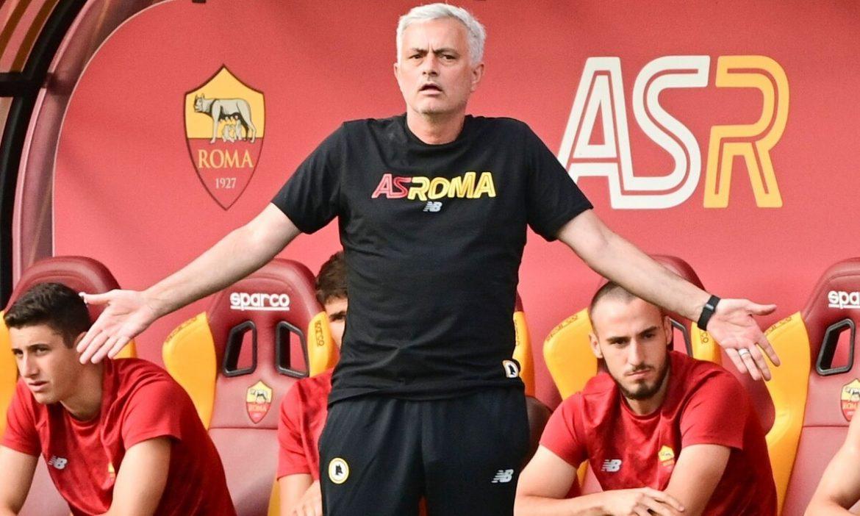 Mourinho menggunakan teknologi di Roma