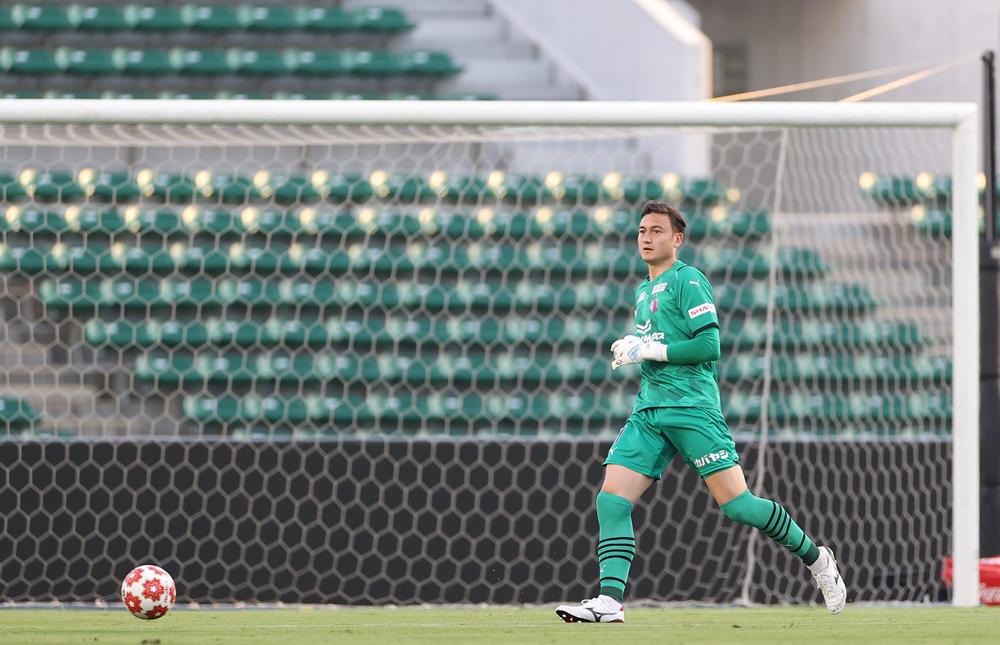 Dang Van Lam memimpin dalam kemenangan besar Cerezo Osaka