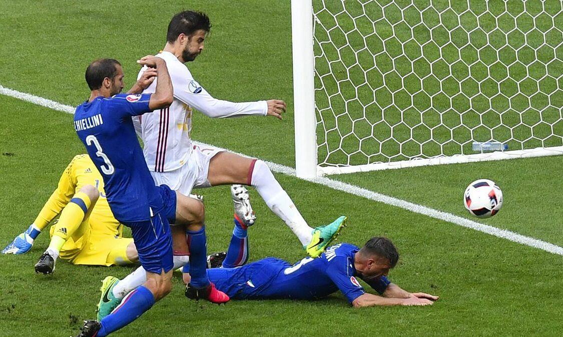 Surat kabar Italia menyarankan tim tuan rumah untuk berlatih adu penalti