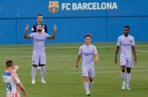 Depay mencetak gol pada debut Barca