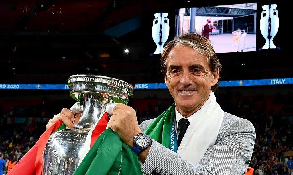 Mancini terpilih sebagai pelatih Italia setelah secangkir kopi