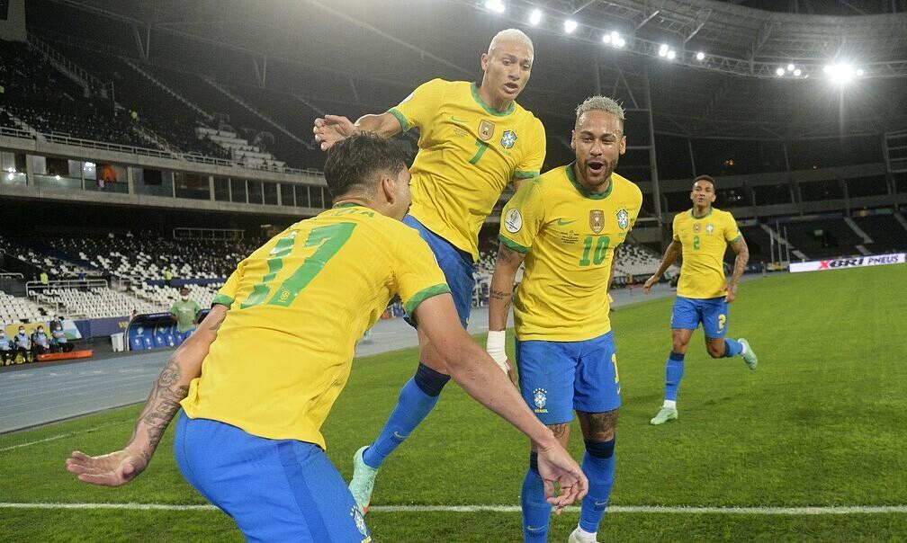 Neymar: 'Saya mendukung Argentina ke final'