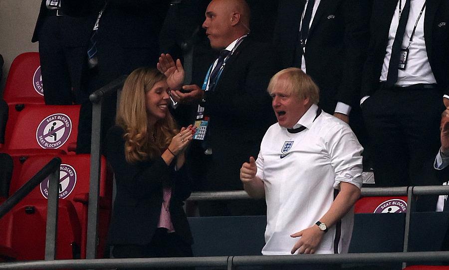 Perdana Menteri Johnson: 'Guru dan siswa Southgate masih pahlawan'